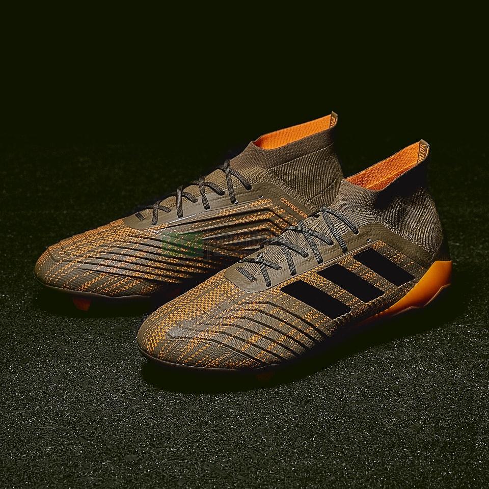 Футбольные бутсы adidas Predator 18.1 FG (CM7412) — Footballstyle 72d96b9ee